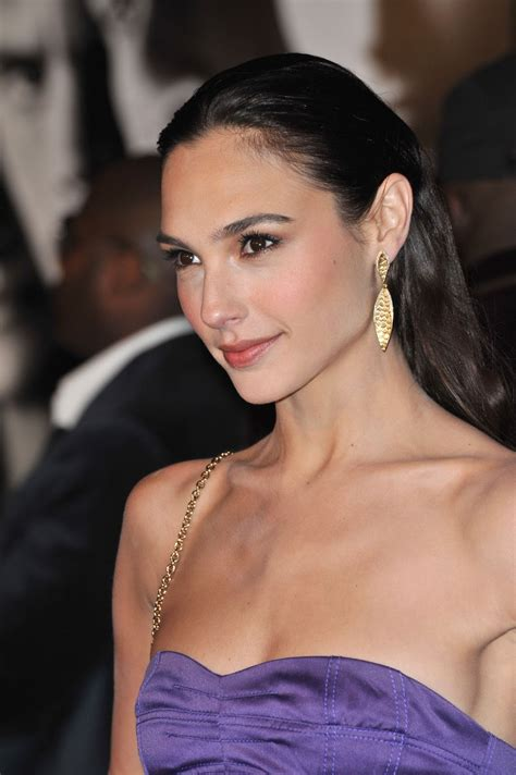 Gal Gadot pictures gallery  5  | Film Actresses