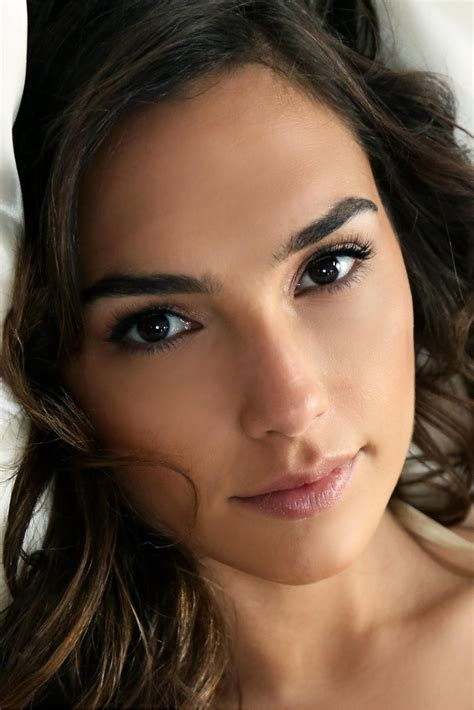 Gal Gadot   Profile Images — The Movie Database  TMDb
