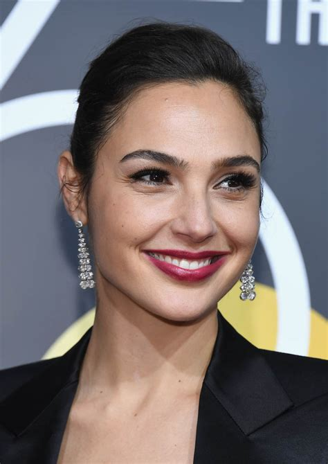 Gal Gadot & The Rock a vision at the 2018 Golden Globes