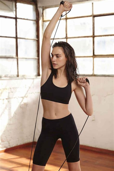 Gal Gadot's Workout Routine and Diet Plan for Wonder Woman ...