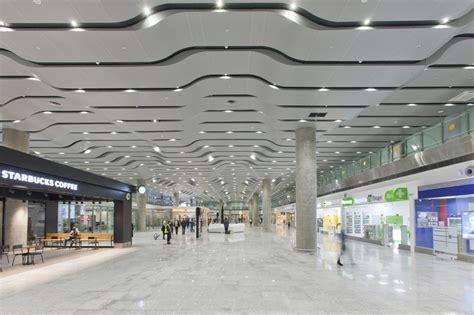 Galería de Aeropuerto Internacional de Pulkovo / Grimshaw ...