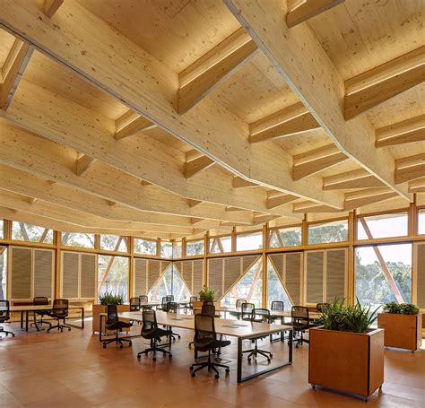 Galeria de Incubadora Universidade Macquarie / Architectus   5