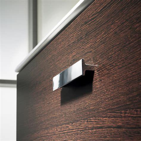 Galeria de Mobiliario para baños UNIK 60 Victoria de ROCA   2