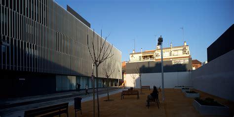 Gallery of Subacute Hospital of Mollet / Mario Corea ...