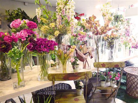 Gana dinero: Invierte en una tienda de flores artificiales ...