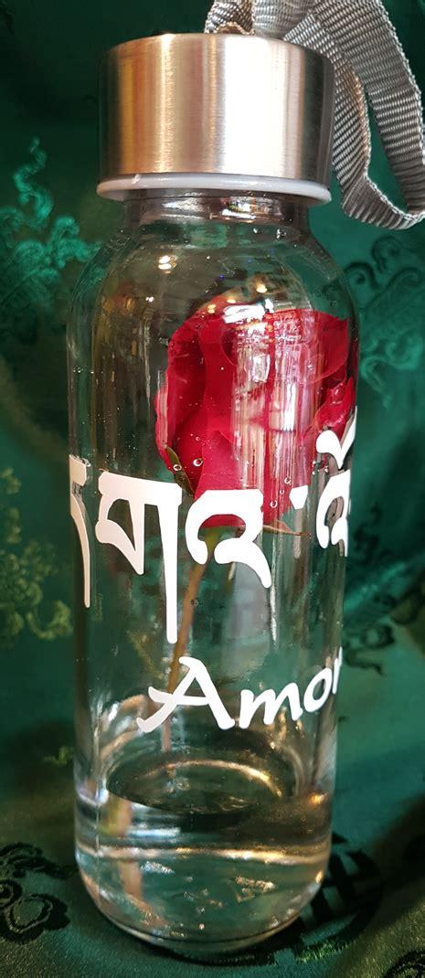Garrafa para Água com Sílaba Tibetana – Amor   Cintamani