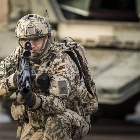 German army Hauptgefreiter  OR 3, Private First Class  in ...