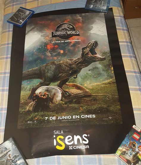 Gigantesco poster de regalo en Cinesa de Jurassic World El ...