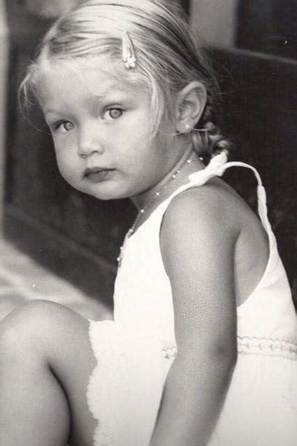 Gigi Hadid Age, Model, Family   It Girl Success Story