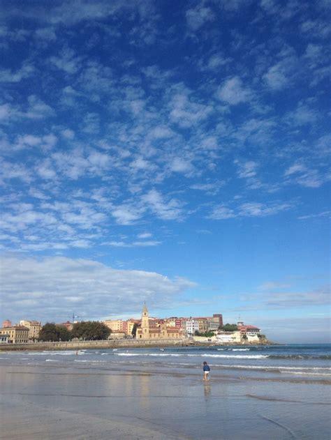 Gijón, Playa de San Lorenzo. Asturias | Gijon, Playa, Santos