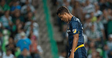 Giovani Dos Santos queda fuera del Galaxy a un día de ...