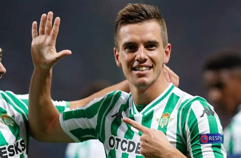 Giovani LO CELSO scores for Real Betis in vs. AC Milan in ...