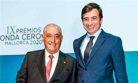 Globalia: Juan José Hidalgo recibió el Premio del Turismo ...