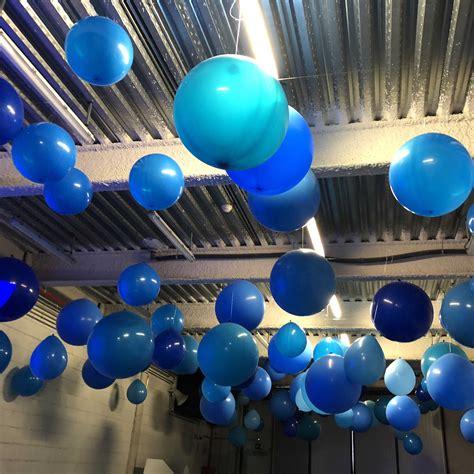 globos grandes colgados techo   Giramón : Giramón