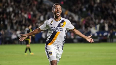 GOAL! Giovani dos Santos scores with another gorgeous chip ...