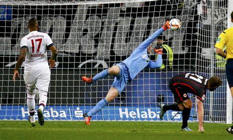 Goalkeeper Manuel Neuer named Germany captain