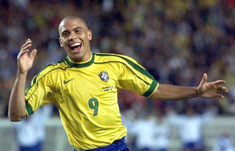 Gonzalo Higuaín:  Ronaldo Nazario es el mejor delantero en ...