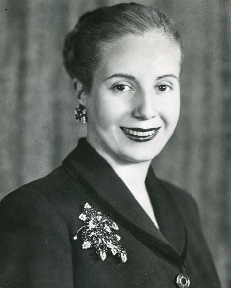 Grandes funerales: Eva Perón | Entre piedras y cipreses