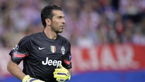 Greatest Goalkeepers Of All Time   Top 10   1SPORTS1