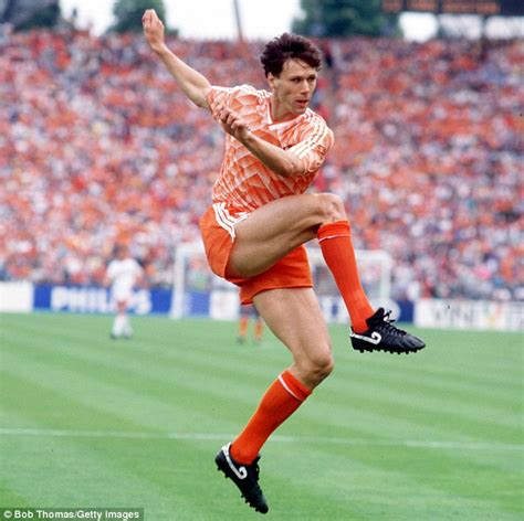 Greatest volleys of all time   Marco van Basten, Paolo di ...