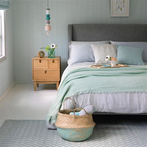 Green bedroom ideas – from olive to emerald, explore the ...