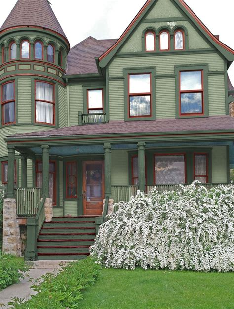 green victorian house   Google Search in 2020 | Exterior ...