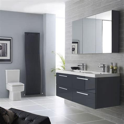 Grey Bathroom Ideas for Clean Urban House Styles   Traba Homes