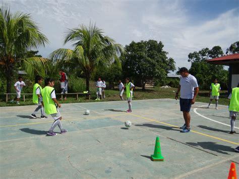 Grupo Palmas promueve la inclusión femenina en el fútbol ...