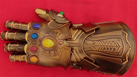 Guante de thanos  Avengers. THANOS Infinity Gauntlet ...