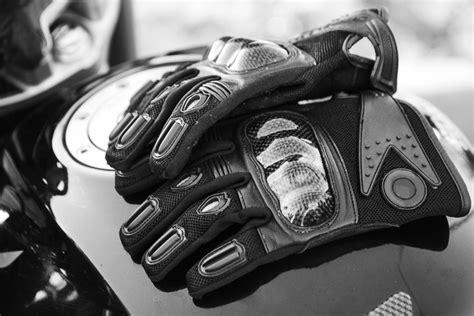 Guantes para moto: Tipos, características y beneficios ...