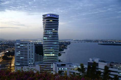 Guayaquil y sus entidades logran ocho galardones en los ...