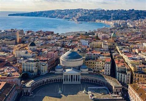 Guía turística de qué ver en Nápoles   Queverenitalia.com