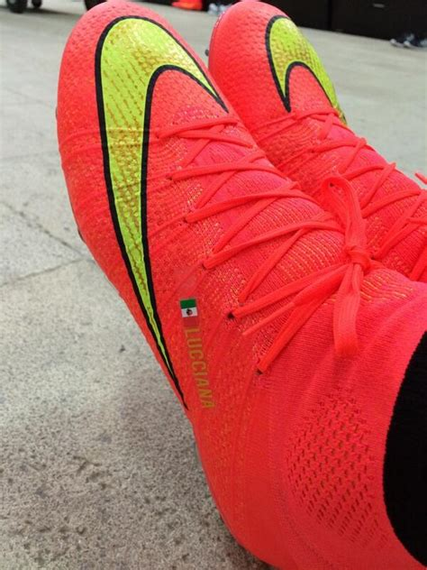 Guillermo Ochoa on Twitter:  Mis nuevos zapatos para ...
