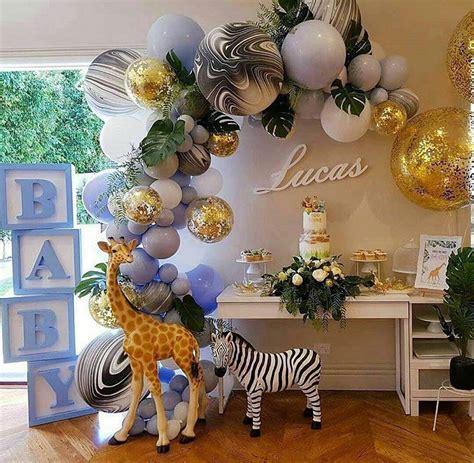 Guirnaldas con globos metálicos, maté, dorados, balones ...