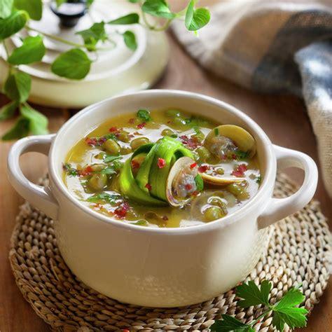 Guiso de soja verde con almejas   Lecturas