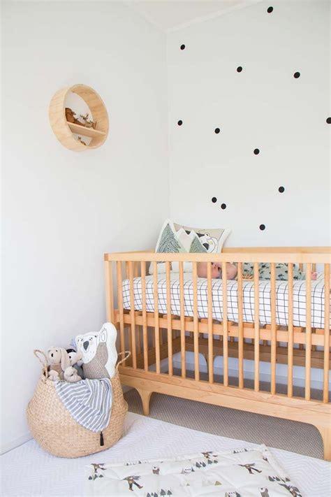Habitación de bebé en estilo escandinavo y natural ...