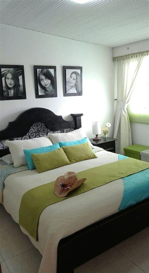 #Habitación principal pequeña #cama matrimonial Rústica ...