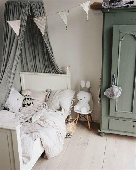 Habitaciones infantiles en gris y verde | DecoPeques en ...