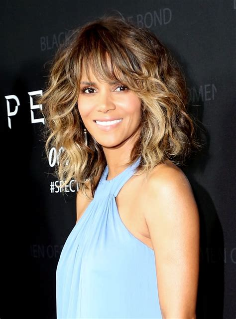 Halle Berry Joins Instagram And Twitter