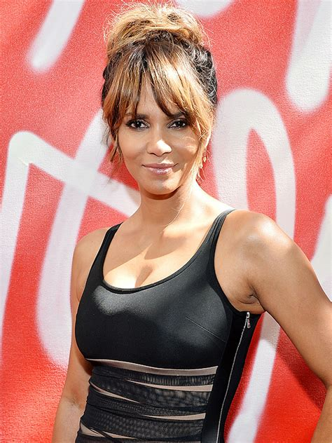 Halle Berry Slams Instagram Troll who Criticized Photo of ...