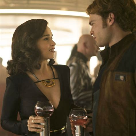 Han Solo movie Is Qi ra Rey s MOTHER? Four huge clues ...