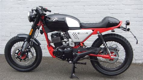 HANWAY CAFE RACER 125cc   Jones & Alcock