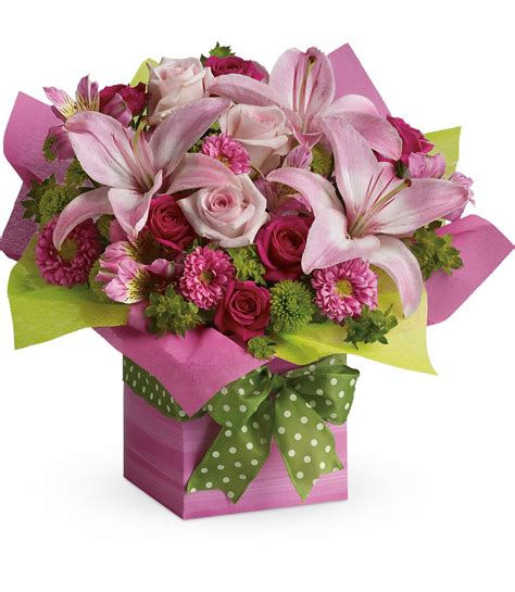 Happy Birthday Gift | Scent & Violet | flowers and gifts ...