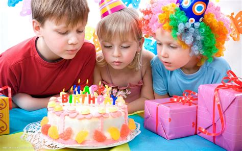 happy birthday kids party fruit cake candles presents ...
