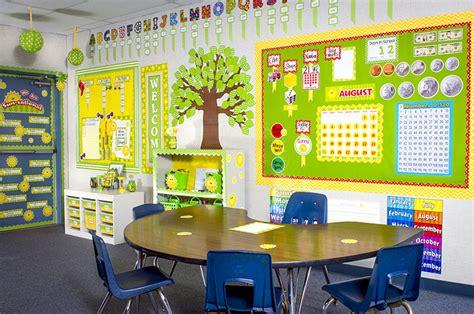 Happy Suns & Lime Polka Dots Classroom | Teacher Created ...