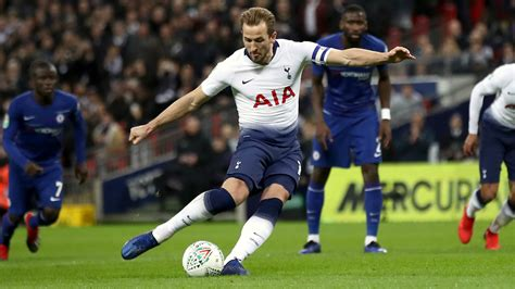 Harry Kane becomes first ever Tottenham player to score 20 ...