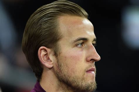 Harry Kane hype hits new level before Italy game ...
