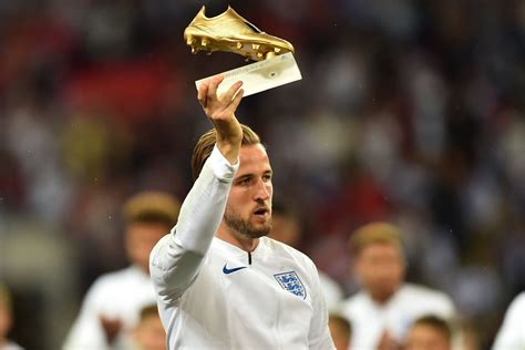 Harry Kane on Twitter:  A very proud moment for me. # ...