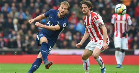 Harry Kane really, REALLY wants that goal against Stoke ...