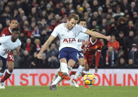 Harry Kane's 100th goal gives Tottenham a draw vs ...